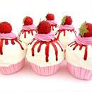 東欧☆カップケーキの置物★美味しそうなラズベリーソース★【プレゼント】【写真館】【撮影小物】【誕生日】