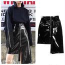 #Faux Patent  Leather Asymmetry Skirt フロントジップ アンバランスヘム エナメル スカート 黒
