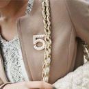 No.5 brooch