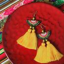 ハンドメイド民族刺繍タッセルピアス