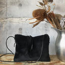 fur shoulder pochette (black)