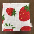イチゴ柄 mini handkerchief