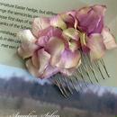 期間限定SALE+送料無料/パープルピンクのグラデーション紫陽花のヘアコーム・ ヘアアクセサリーに、お誕生日プレゼントに/ウエディング・和装・浴衣・