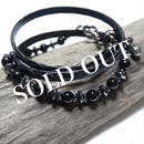 オニキス&ヘマタイト エンボスレザー3重巻きブレス ''ONYX & HEMATITE emboss laether triple wrap bracelet''
