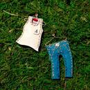 「お洗濯ものシリーズ」タンクトップ&ジーンズ(ブルー)・ピアス