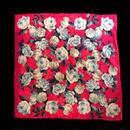 Red flower patten scarf