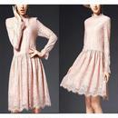 軽やかなオトナのガーリースタイル 花柄総レースひざ丈ワンピースドレス
