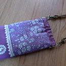 バネポーチスマホケース リバティパープル小花柄