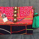 Mirror charm clutch with big tassel e strap