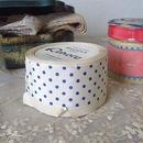 タフタ社白地に紺の水玉リボン