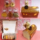 リスのマスコット付き紙製ロールケーキBOXに焼き菓子5種類詰め合わせ♪