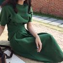 レディース 海外 インポート グリーン カーキ 腰ひも 付き シンプル ミモレ 膝 下 丈 ワンピース ドレス