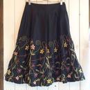 ブラック お花 刺繍 フレア スカート/古着 ビンテージ