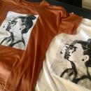 アートフェイスプリントTシャツ