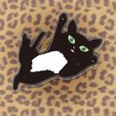 黒猫PUKU アクリルバッチ01