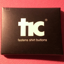 針と糸を使わずにボタンがつけられる!魔法の道具【tic】【ブラック】1pack(4個入り)