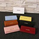 シャネル 二つ折りボタン式長財布 6色 送料無料