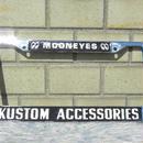 ムーンアイズ USA ライセンス フレーム MG023