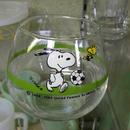 スヌーピー 丸型グラス サッカー