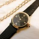 GIVENCHYジバンシー レザーベルト腕時計