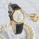 GIVENCHY ジバンシィ ホワイト文字盤 型押しベルト 腕時計