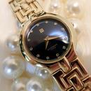 GIVENCHYジバンシィ GOLD 文字盤ネイビー 腕時計