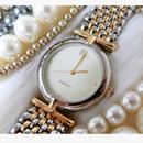 GIVENCHYジバンシー ゴールドコンビ腕時計