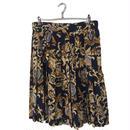 scarf pattern pleats skirt