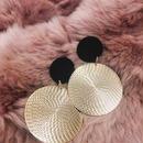w circle earrings