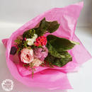ローズ入りおまかせブーケMimi【ピンク系】