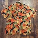[USED] オレンジ柄のレーヨンシャツ