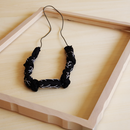 ハンドメイド刺繍ネックレス(ブラック)NK-Black003
