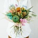 『インスタで好評のカラフルな花束manycolor 135』リビングや玄関に飾っても素敵なハー  ブのお花