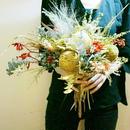 『モダンなラウンドブーケnatural beige』プレゼントだけでなく和装の披露宴や二次会にも