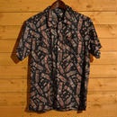 S/S ALLOVER PATTERN SHIRTS BLK