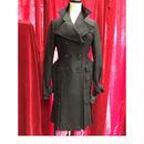 Button  pleats  coat