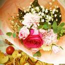 バラとカーネーションのスプリングブーケ【生花】