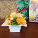 プリザーブドローズとジニアのアレンジメントL/白陶器【sun orange】