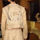 rear-lace short jacket