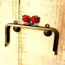 【HA-396】12cm/角型(赤リンゴ×アンティークゴールド)・カン付き