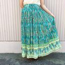 エメラルドグリーンボタニカル柄スカート