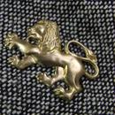 真鍮ブラス製 ミニライオン型ピンズブローチ ジャケットやハットの飾りとして