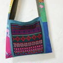 アカ族(タイ)伝統の手刺繍入りショルダー
