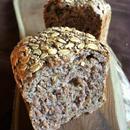 ディンケル小麦ひまわりの種とくるみ入り食パン
