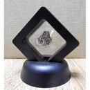 宇宙意思との共鳴共振「地球の石(意思)」黒Ⅲ フレーム:一辺5㎝厚さ1.8㎝ 高さ6.5㎝