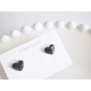 black mini heart ピアス