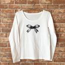 MARBLE & Co. リボンの長袖Tシャツ [white/black]