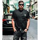 レイヤードコーデにも◎大きいサイズのポイントロゴ半袖ベーシックシャツ