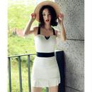 シンプルなモノトーン白黒のメリハリあるデザインが魅力ワンピース水着