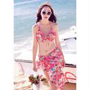 南国風のプリントビキニ水着 パレオで体型カバー 海好き40代女性も喜ぶ商品